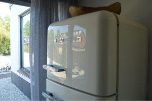 Witte Hoes keuken achterhuis Smeg