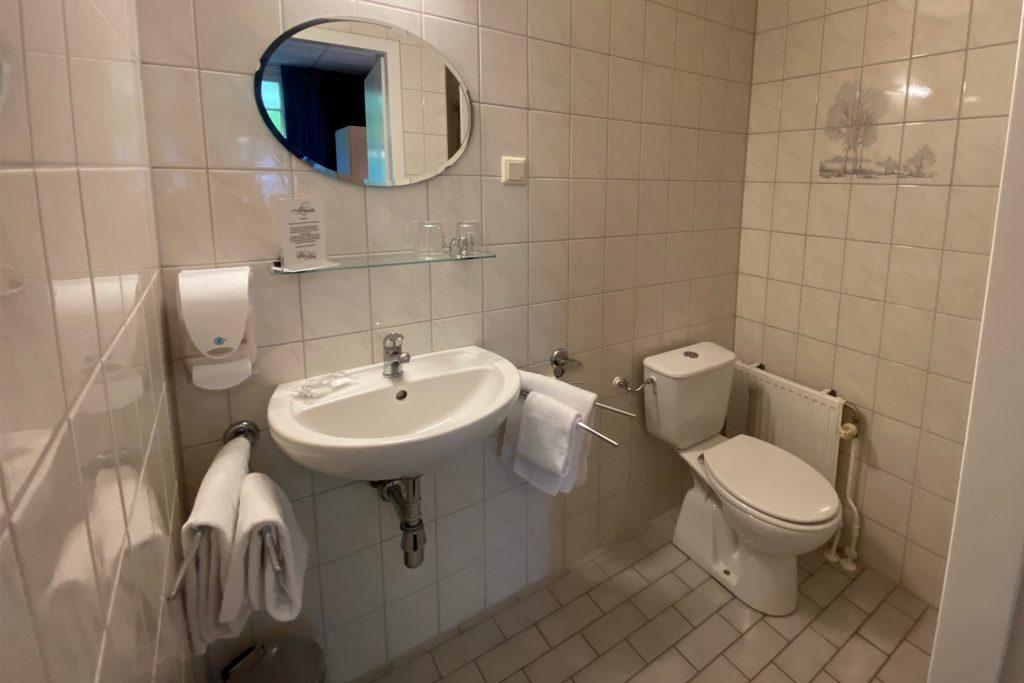 Badkamer kamer 12 't Witte Hoes